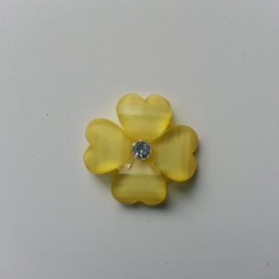 fleur en résine avec strass au centre 20 mm jaune