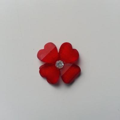 fleur en résine avec strass au centre 20 mm rouge