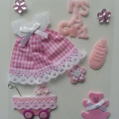 embellissement pour scrapbooking bébé rose