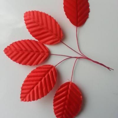 Lot de 5 Feuilles artificielles sur tige  30 x 50mm rouge