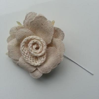 fleur en tissu ivoire sur tige 50mm