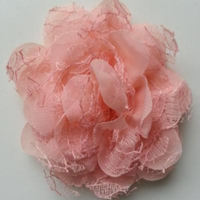 Grande fleur en mousseline  et dentelle 11cm peche