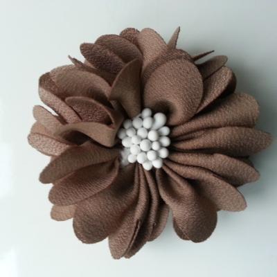fleur en satin de soie et pistils 50mm  marron