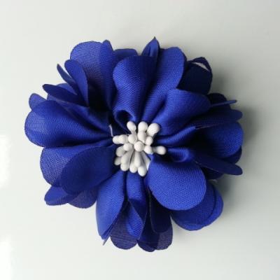 fleur en satin de soie et pistils 50mm  bleu royal ,roi