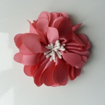 fleur en satin de soie et pistils 50mm  vieux rose