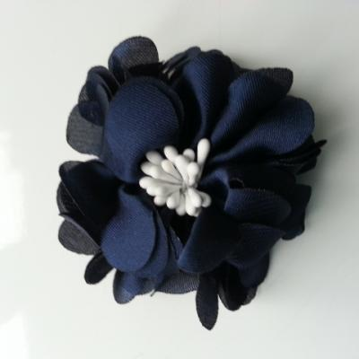 fleur en satin de soie et pistils 50mm  bleu marine