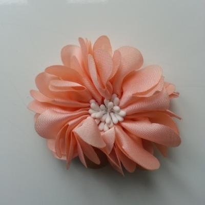 fleur en satin de soie et pistils 50mm  peche