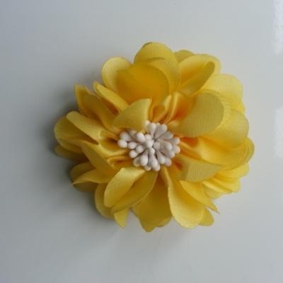 fleur en satin de soie et pistils 50mm  jaune