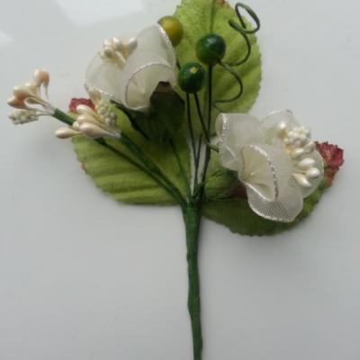 tige florale pour composition florale ou boutonniere vert et ivoire