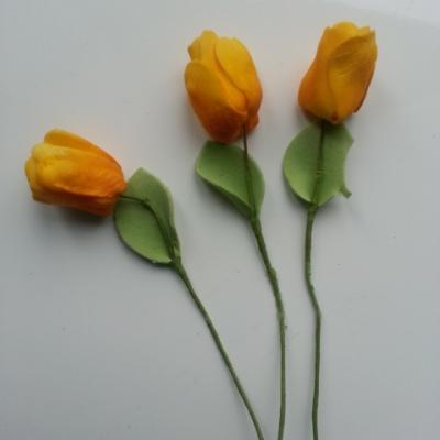 lot de 3 tulipes jaune en mousse sur tige