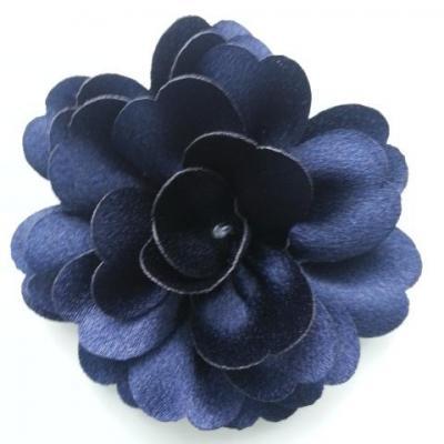 fleur en tissu cristal crêpe satiné  75mm bleu marine
