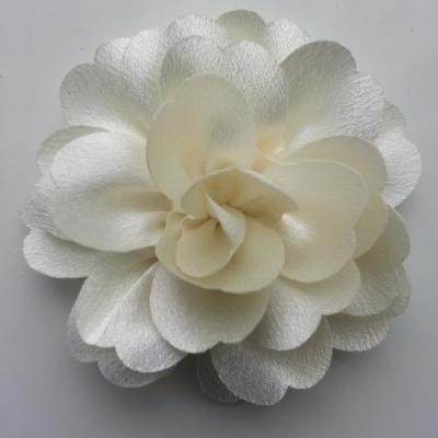 fleur en tissu cristal crêpe satiné  75mm ivoire