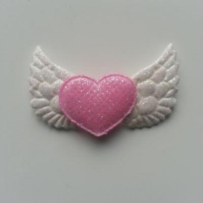 applique ailes d'ange blanches pailletées et coeur rose 50*25mm