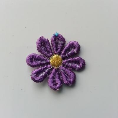 Fleur en dentelle violet et jaune  30mm