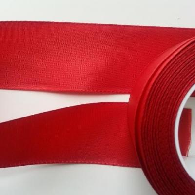 un mètre de ruban polyester rouge   40mm
