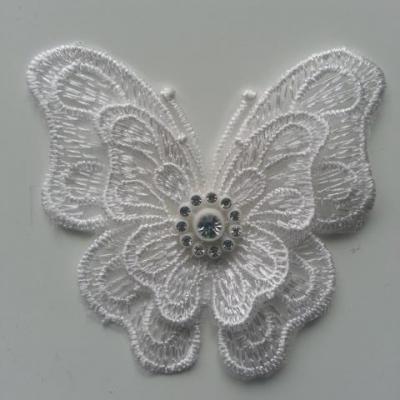 double papillon en dentelle blanc strass  70*70mm