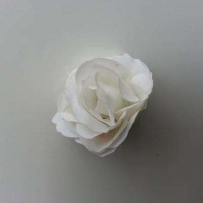 Fleur  en tissu  30mm blanc