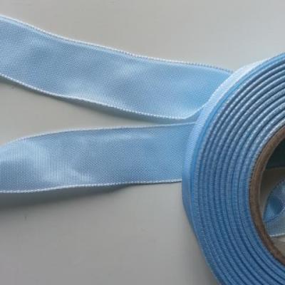 un mètre de ruban polyester bleu ciel  25mm