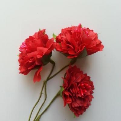 lot de 3 fleurs en tissu et pistils sur tige 40mm rouge