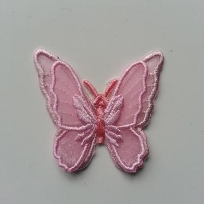 double papillon en dentelle  rose 50mm