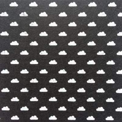 Carré de feutrine motif nuage 15*15cm noir