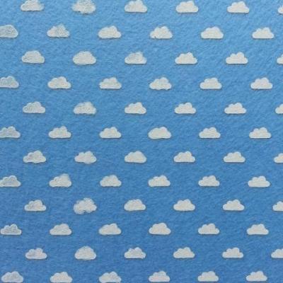 Carré de feutrine motif nuage 15*15cm bleu ciel