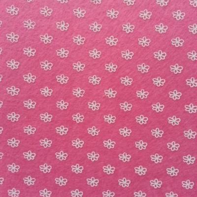 Carré de feutrine motif fleur 15*15cm blanc et rose