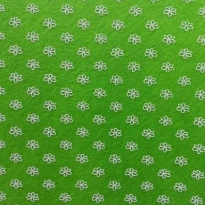 Carré de feutrine motif fleur 15*15cm blanc et vert