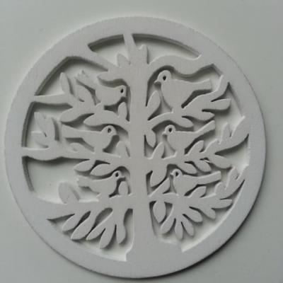 décoration de noel ou mariage  boule aux oiseaux en bois blanc 80mm