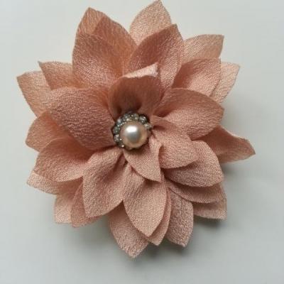 fleur en tissu centre perle et strass de 55mm beige