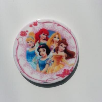 cabochon princesse raiponce, blanche neige , aurore en resine 30mm