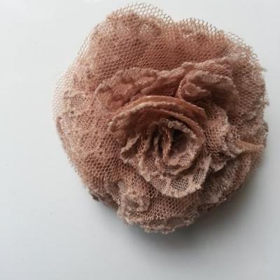 Applique fleur gauffrée beige 70mm