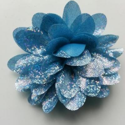 fleur en tissu brillant 80mm argent et bleu