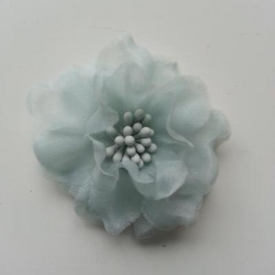 fleur en voile organza et pistils 45mm bleu ciel