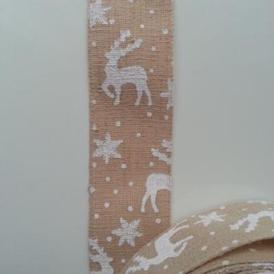 1 mètre de ruban toile motif cerf, renne, etoile de noel  ecru et blanc  40mm