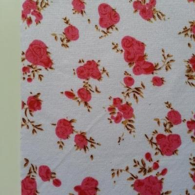 Feuille de tissu autocollant     21*14.5 cm fleuri rose , rouge et blanc