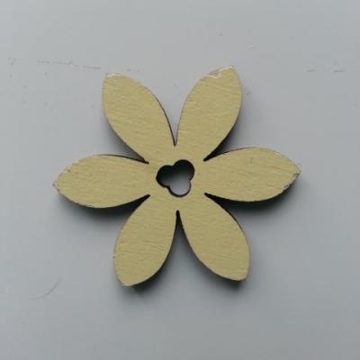 Fleur en bois jaune 35mm (2)