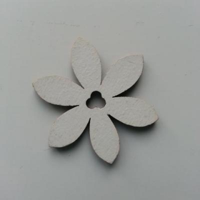 Fleur en bois blanc 35mm (3)