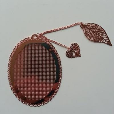 support ovale marque page à broder au point de croix en métal  rosé 6*8cm