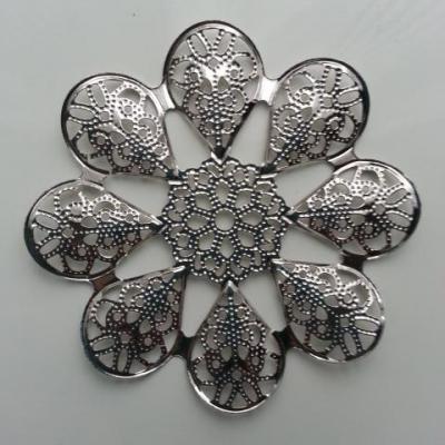Estampe filigranée fleurs ronde 60mm argentée