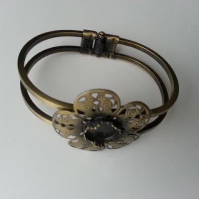 Bracelet métal cuivre fleur de 35 mm pour cabochon de 12mm