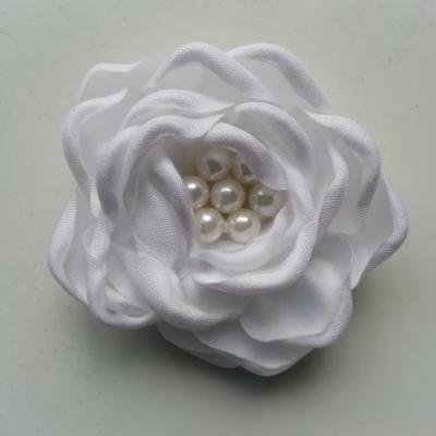 fleur satin de soie centre perle 55mm blanc