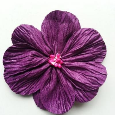 fleur tissu plissé et pistils 80mm prune