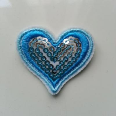 ecusson pacth à coudre  coeur pailleté bleu  40*40mm
