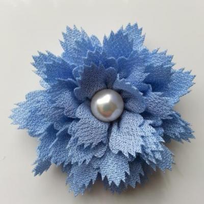 fleur en tissu centre perle 60 mm bleu