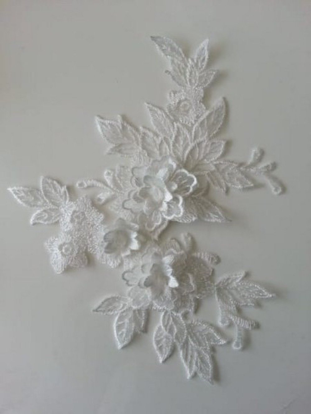2165931 applique en dentelle et fleur blanc 15 19cm 1