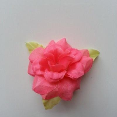 Fleur et feuilles en tissu  saumon 40mm