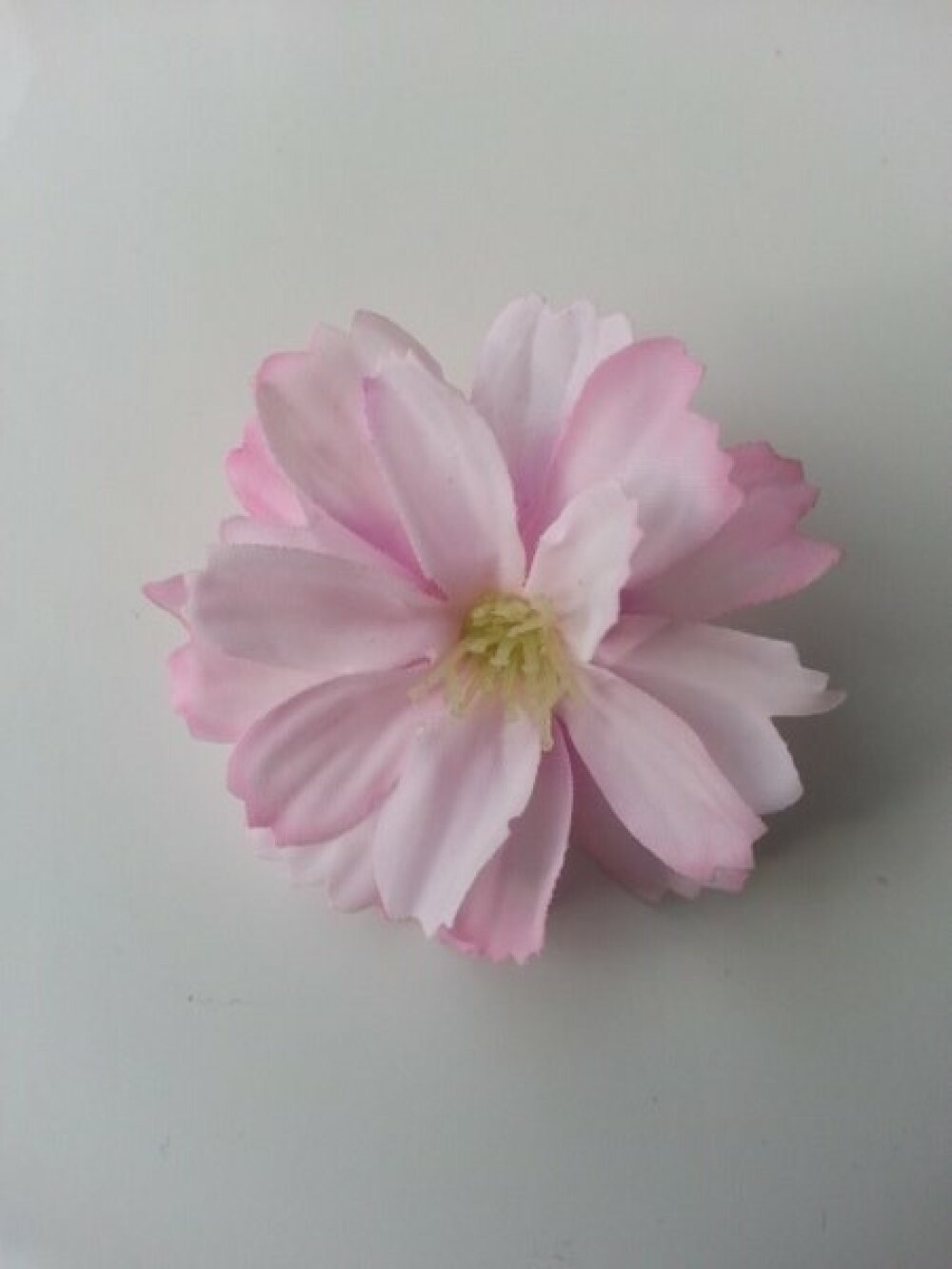 2420912 fleur en tissu rose pale 40mm 1