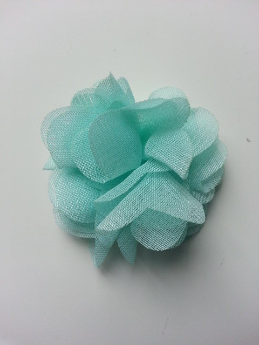 2652834 petite fleur en tissu blanc 4cm 1