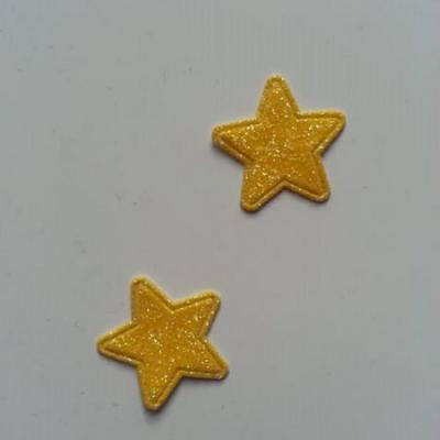 Lot de 2 étoiles paillettes jaune en tissu 20mm